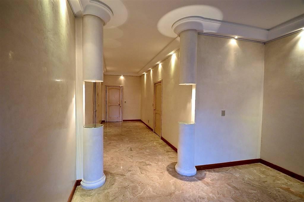 Appartamento a MONZA 4 Vani