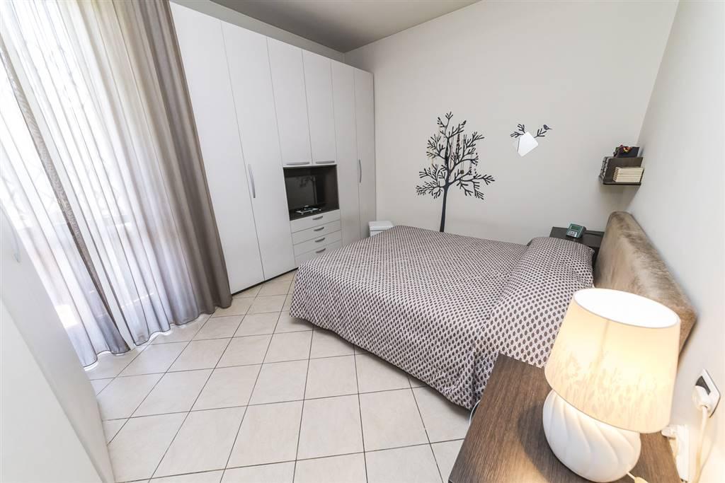 Appartamento a CONCOREZZO 109 Mq   4 Vani - Garage   Giardino 30000 Mq