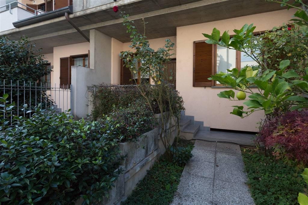 Terraced house in CESANO MADERNO 173 Sq. mt. | 4 Rooms | Garden 100 Sq. mt.