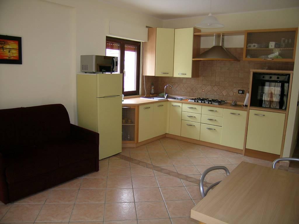 Appartamento in vendita a Castel di Sangro, 3 locali, zona Località: CENTRO, prezzo € 138.000 | Cambio Casa.it