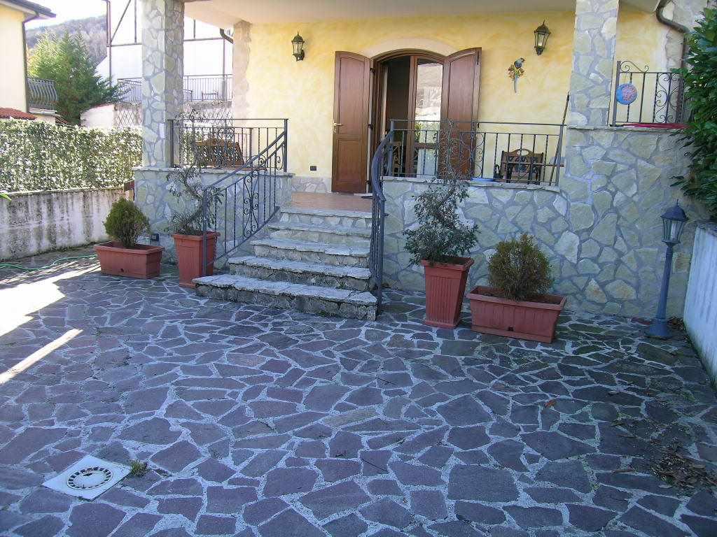 Appartamento in vendita a Alfedena, 3 locali, prezzo € 138.000 | Cambio Casa.it