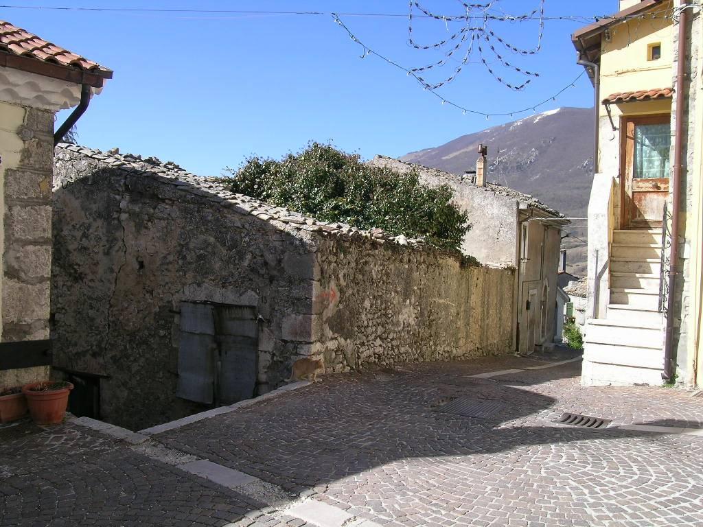 CASTEL DI SANGRO - CENTRO STORICOL'AQUILA