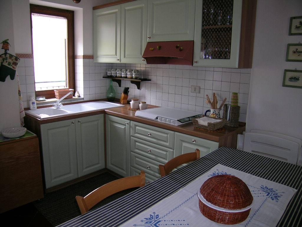 Appartamento in vendita a Alfedena, 4 locali, prezzo € 140.000 | CambioCasa.it