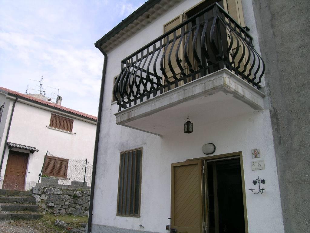 Soluzione Semindipendente in vendita a San Pietro Avellana, 3 locali, prezzo € 55.000 | Cambio Casa.it