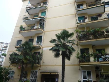 Quadrilocale in Via Giuseppe Casciaro, Vomero, Napoli