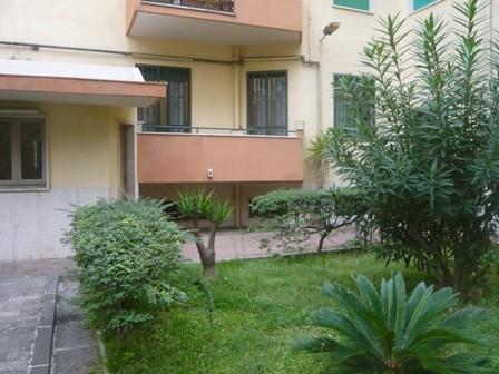 Trilocale in Via Giacinto Gigante, Vomero, Napoli