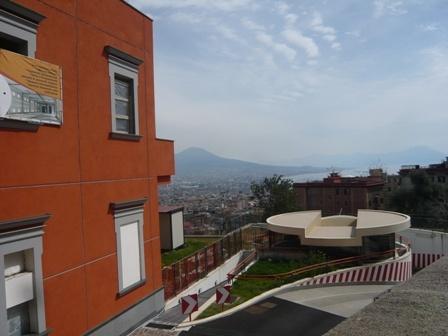 Appartamento in Via Domenico Fontana, Vomero, Napoli