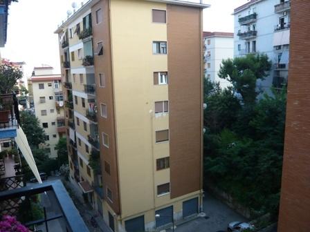 Appartamento a NAPOLI 3 Vani