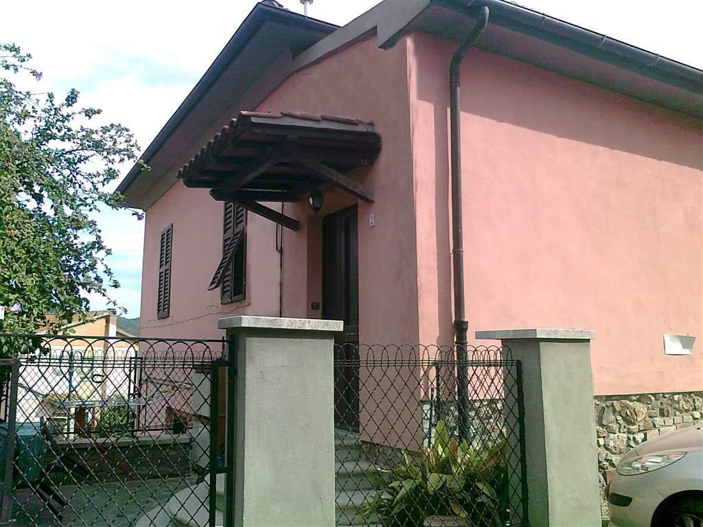 Villa Bifamiliare in vendita a Grosseto, 5 locali, zona Zona: Batignano, prezzo € 135.000 | Cambio Casa.it