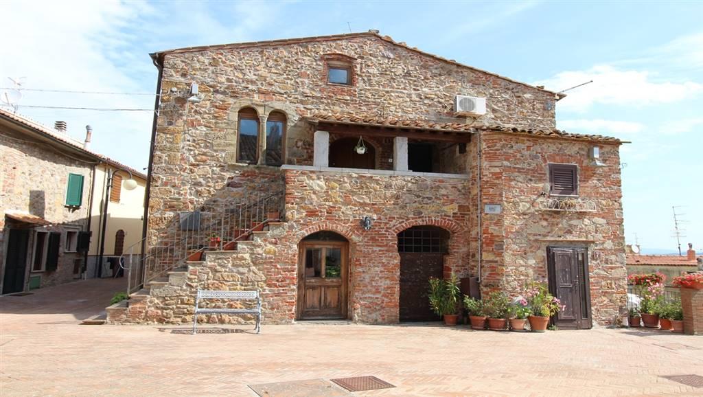 Appartamento in affitto a Grosseto, 5 locali, zona Zona: Montepescali, prezzo € 550 | CambioCasa.it