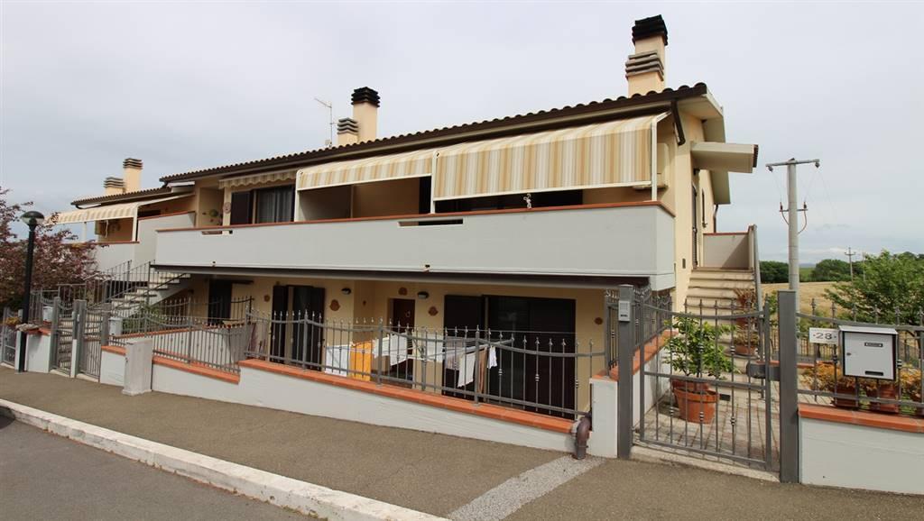 Appartamento in vendita a Campagnatico, 4 locali, zona Zona: Arcille, prezzo € 130.000 | Cambio Casa.it