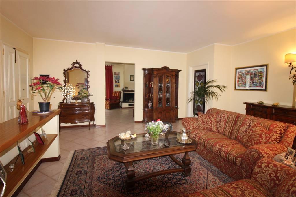 Appartamento in vendita a Magliano in Toscana, 5 locali, zona Zona: Montiano, prezzo € 248.000 | CambioCasa.it