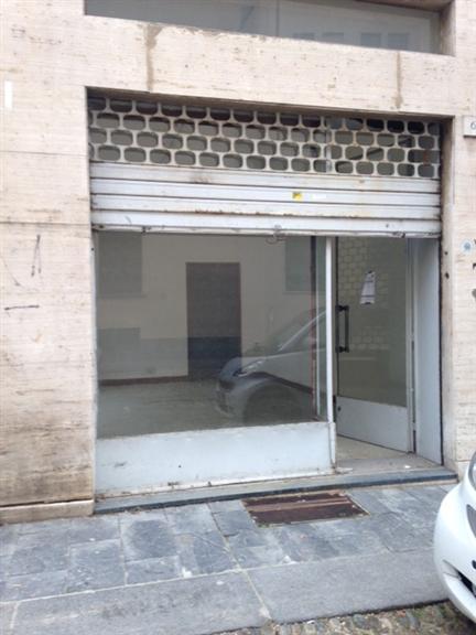 negozio  in Affitto a Pavia