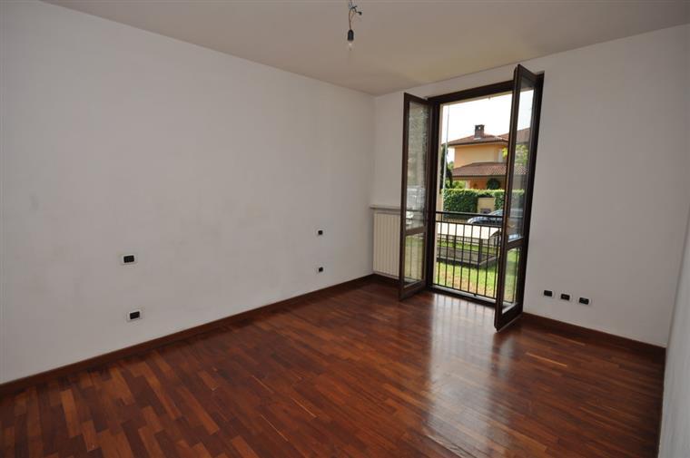 Trilocale, V.le Riviera - Casa Sul Fiume, Pavia, ristrutturato