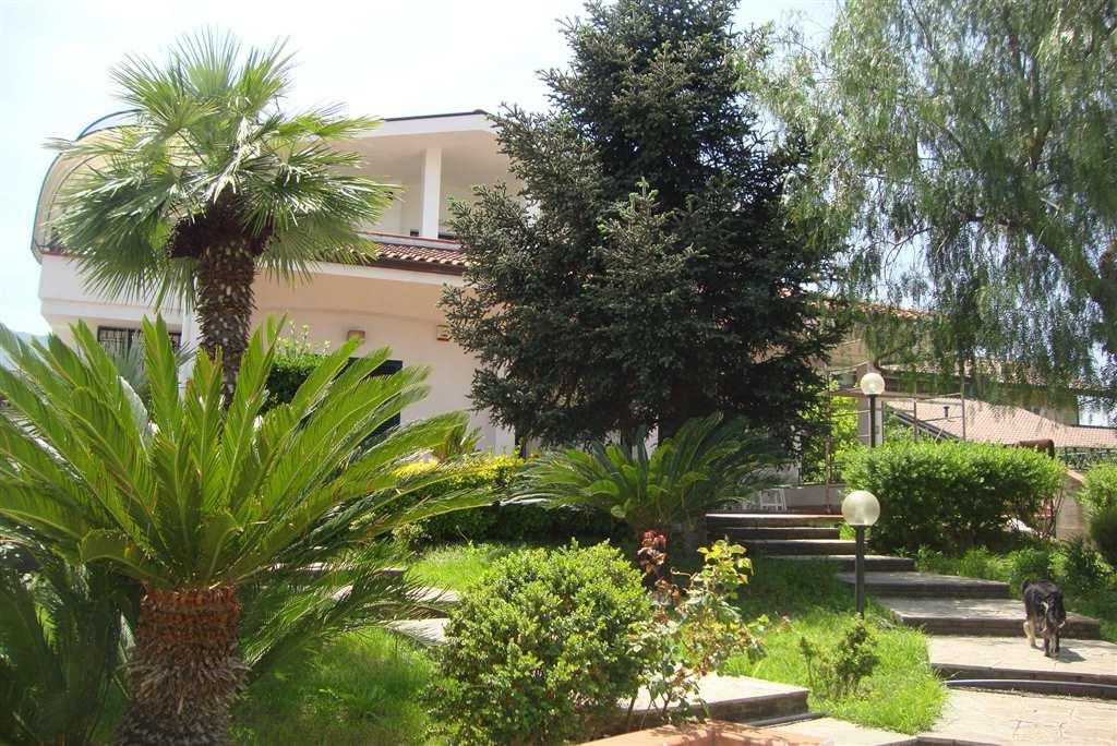 Casa pomigliano d 39 arco cerca case a pomigliano d 39 arco for Case arredate in affitto pomigliano d arco