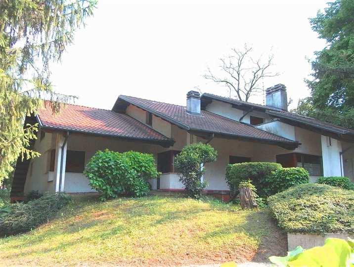 Villa in vendita a Pagnacco, 7 locali, prezzo € 520.000 | Cambio Casa.it