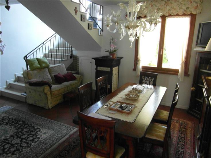 Villa Bifamiliare in vendita a Codroipo, 5 locali, prezzo € 298.000 | Cambio Casa.it