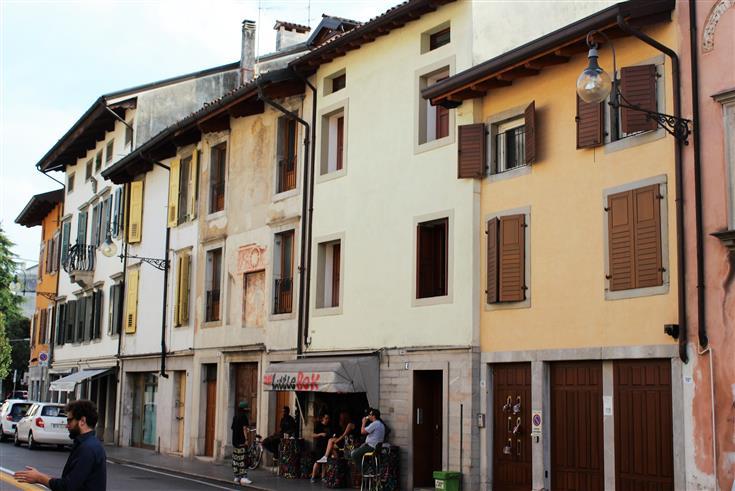 Soluzione Indipendente in vendita a Udine, 5 locali, zona Zona: Centro storico, prezzo € 230.000 | Cambio Casa.it