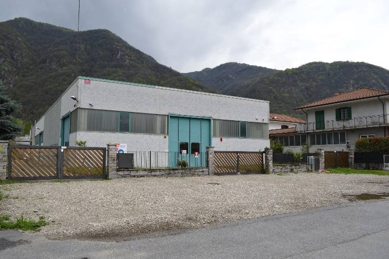 Capannone in vendita a Gravellona Toce, 9999 locali, prezzo € 670.000 | Cambio Casa.it