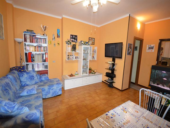 Appartamento in vendita a Casale Corte Cerro, 3 locali, prezzo € 80.000 | Cambio Casa.it