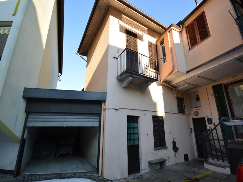 Appartamento in vendita a Omegna, 2 locali, prezzo € 80.000 | CambioCasa.it