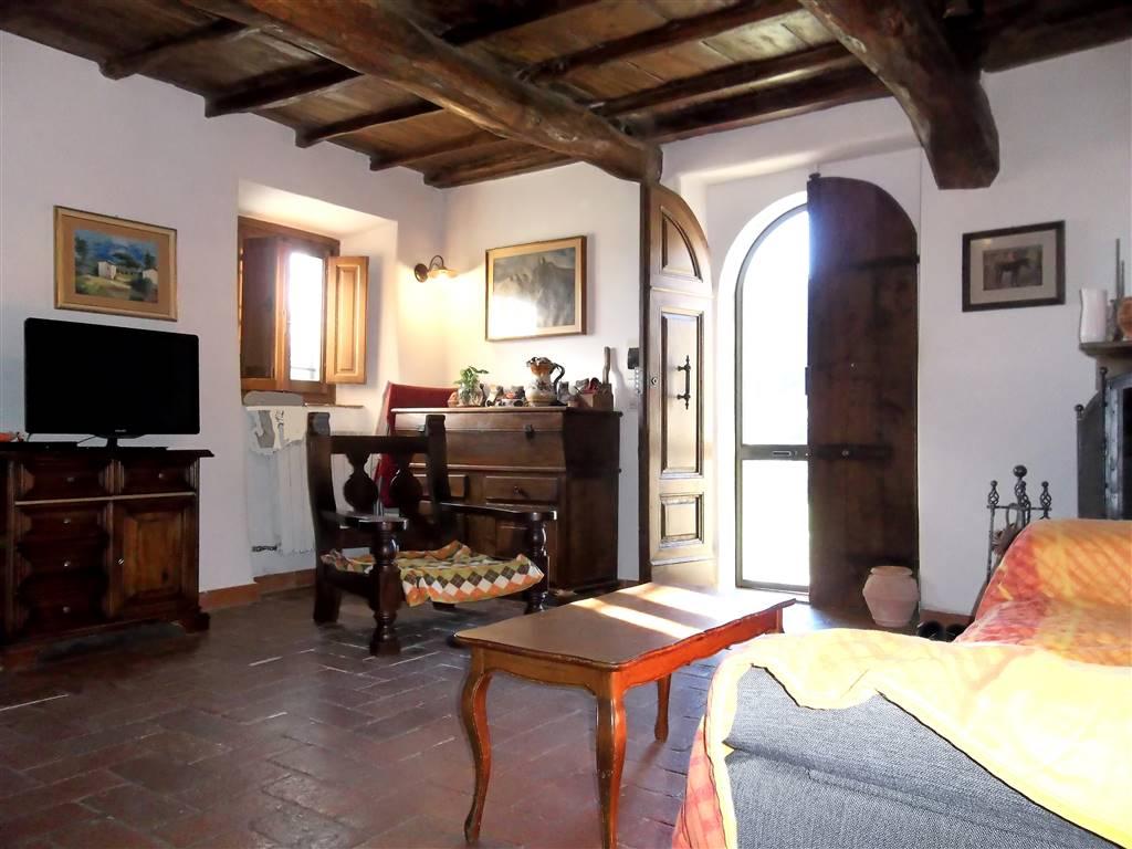 Colonica, Pistoia, in ottime condizioni