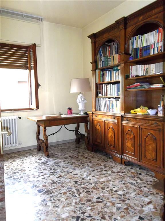 Villa, Centrale, Pistoia, da ristrutturare