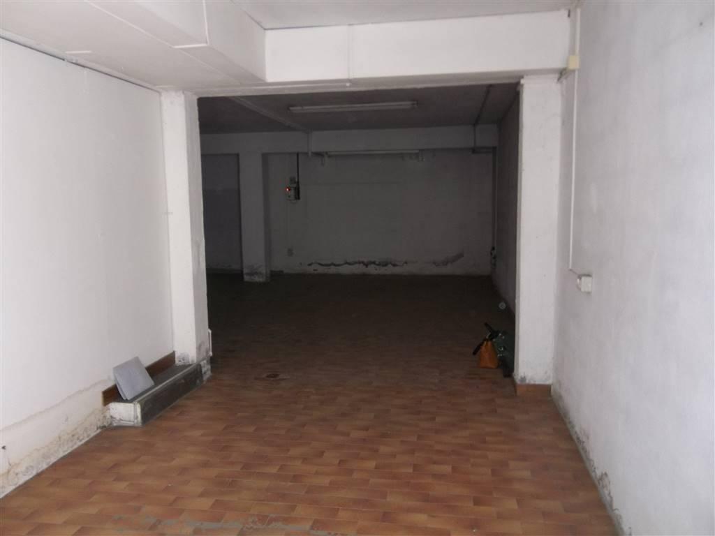magazzino-deposito  in Affitto a Pistoia