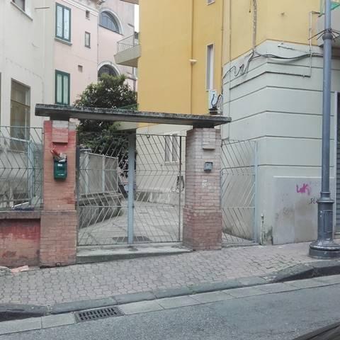 Appartamento in affitto a Salerno, 2 locali, zona Località: VERNIERI, prezzo € 500   CambioCasa.it