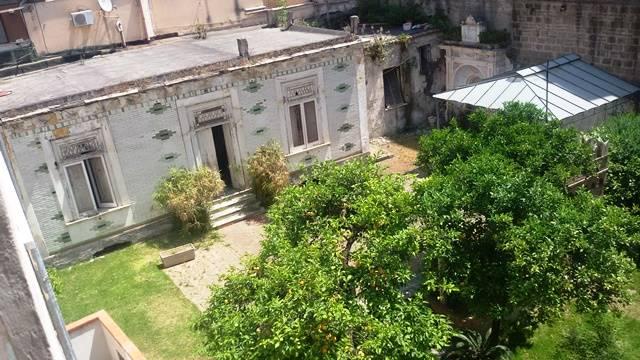 Soluzione Indipendente in vendita a Salerno, 8 locali, zona Zona: Centro, Trattative riservate | CambioCasa.it