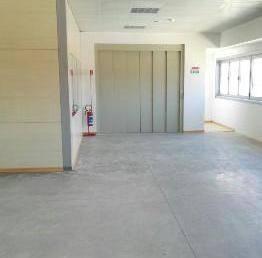 Laboratorio in affitto a Agliana, 2 locali, zona Zona: Spedalino, prezzo € 1.400 | CambioCasa.it