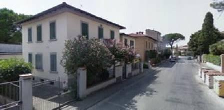 Appartamento in affitto a Prato, 5 locali, zona Zona: Pietà, prezzo € 1.500 | CambioCasa.it