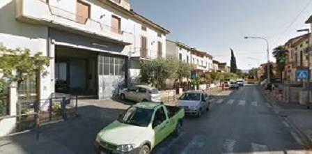 Soluzione Indipendente in affitto a Prato, 9 locali, zona Zona: Iolo, prezzo € 2.500 | CambioCasa.it