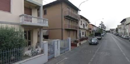 Soluzione Indipendente in affitto a Prato, 7 locali, zona Zona: San Giusto, prezzo € 2.000 | CambioCasa.it