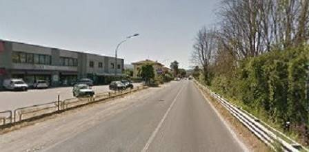 Immobile Commerciale in affitto a Poggio a Caiano, 1 locali, prezzo € 2.500 | CambioCasa.it
