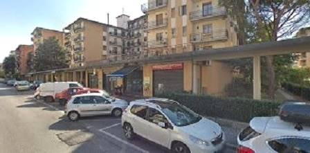 Attività commerciale  in Affitto a Prato