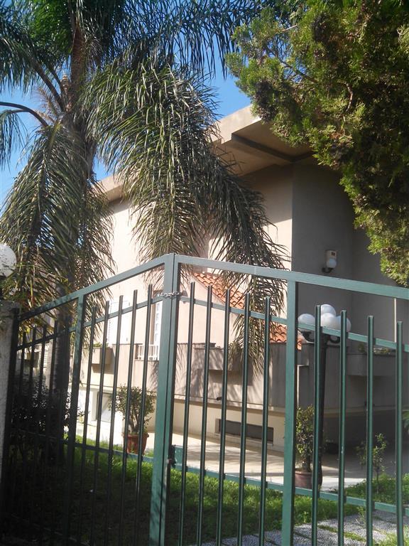 Villa in vendita a Saponara, 6 locali, zona Zona: Saponara Marittima, prezzo € 490.000 | Cambio Casa.it