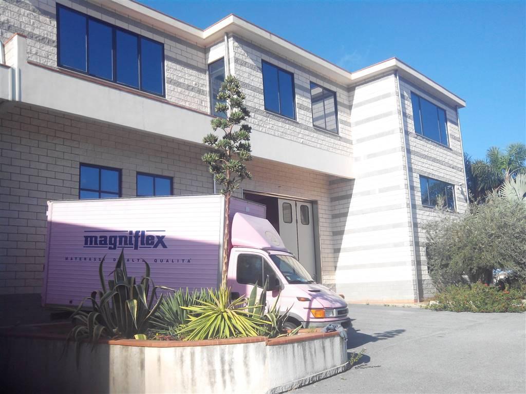 Immobile Commerciale in affitto a Torregrotta, 9999 locali, zona Località: FRAZIONI: SCALA, Trattative riservate | Cambio Casa.it