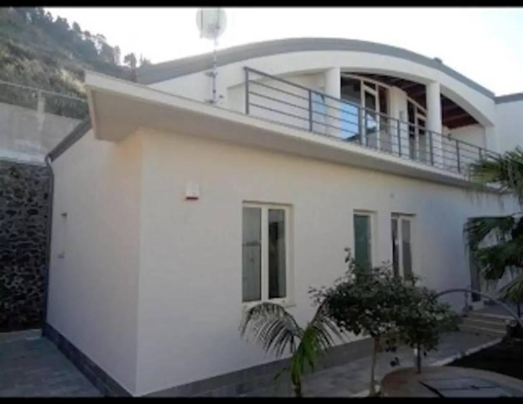 Villa in affitto a Messina, 3 locali, zona Località: MORTELLE, prezzo € 1.800 | Cambio Casa.it