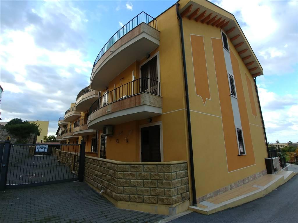 Appartamento in affitto a Rometta, 3 locali, prezzo € 380   CambioCasa.it