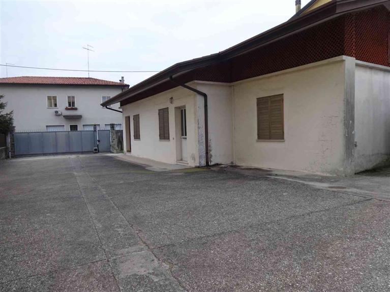 Ufficio / Studio in affitto a San Donà di Piave, 15 locali, prezzo € 1.500 | Cambio Casa.it
