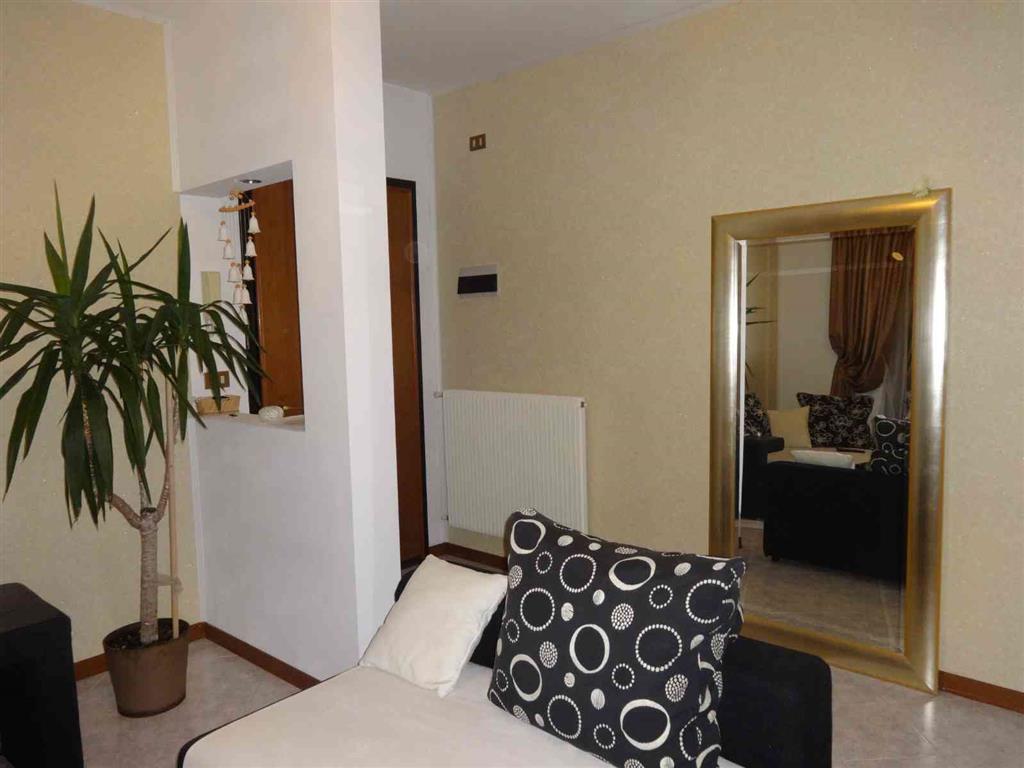 Appartamento in vendita a Ceggia, 6 locali, prezzo € 125.000 | Cambio Casa.it