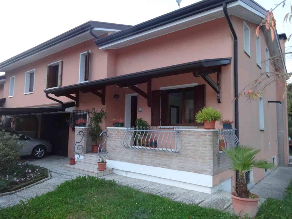Bifamiliare, Calvecchia, San Dona' Di Piave, in ottime condizioni