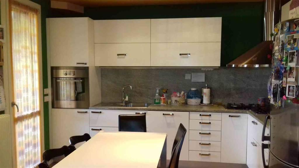 Soluzione Indipendente in vendita a San Donà di Piave, 4 locali, prezzo € 160.000 | Cambio Casa.it