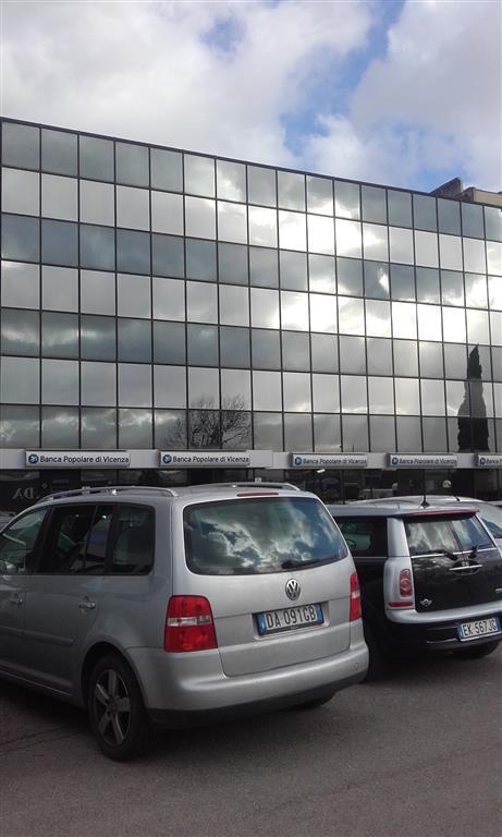 Ufficio / Studio in affitto a Scandicci, 2 locali, zona Zona: Casellina, prezzo € 1.500 | Cambio Casa.it