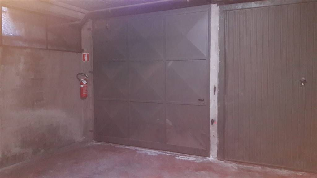 garage-Box-posto auto  in Affitto a Aosta