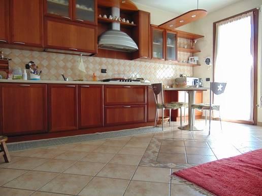 Soluzione Indipendente in vendita a Senago, 3 locali, prezzo € 195.000 | CambioCasa.it