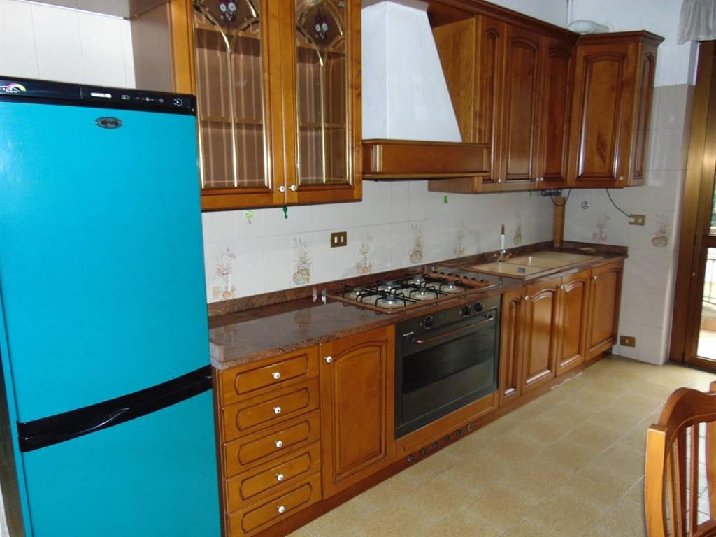 Appartamento in affitto a Paderno Dugnano, 3 locali, zona Zona: Palazzolo Milanese, prezzo € 700 | CambioCasa.it