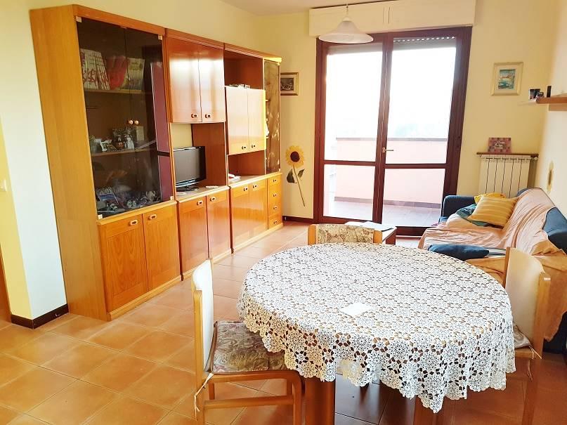 Appartamento in affitto a Senago, 3 locali, prezzo € 900 | CambioCasa.it