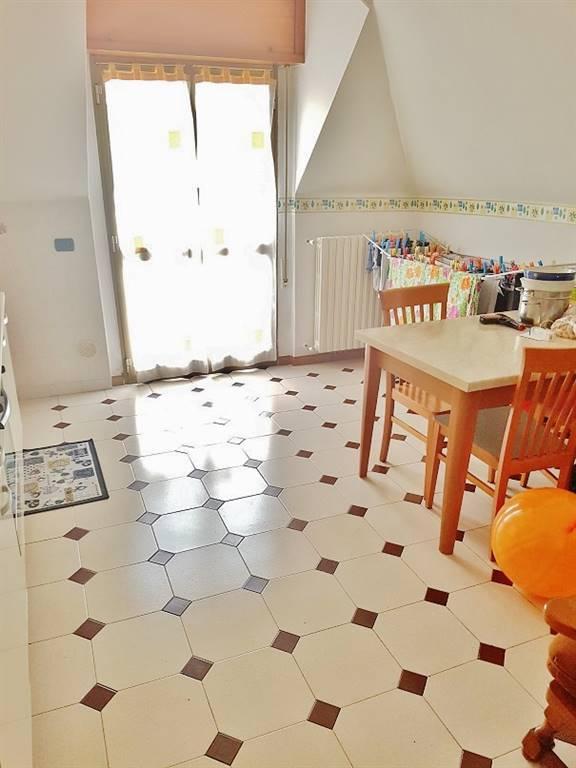 Appartamento in affitto a Senago, 3 locali, prezzo € 700 | CambioCasa.it
